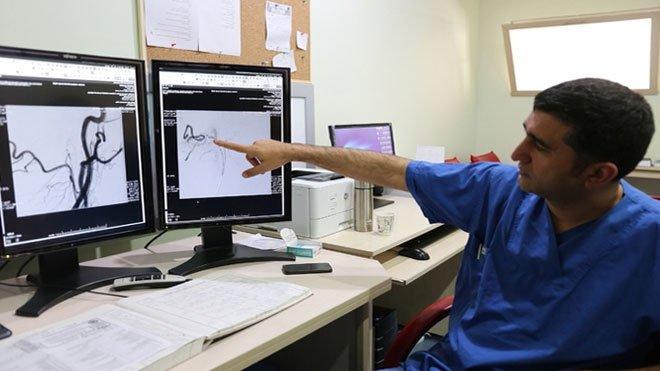 Sivas Üniversitesinde ilk kez kapalı beyin ameliyatı yapıldı