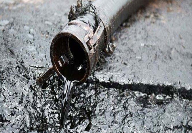 Kirli petrole polisten 4 gözaltı