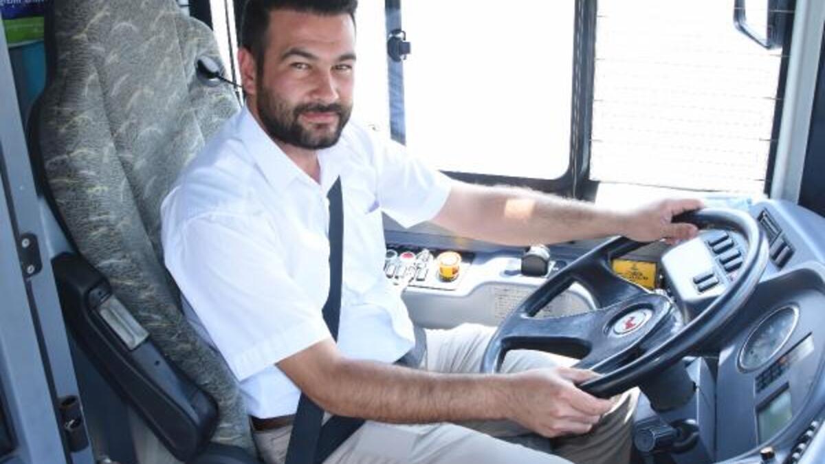 Photo of Otobüs Şoförü Kalp Spazmı Geçiren Kadını Hastaneye Yetiştirdi0 (0)
