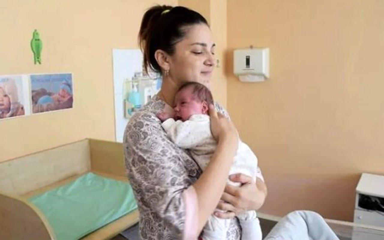 Photo of Üç Ayda İki Defa Doğum Yaptı