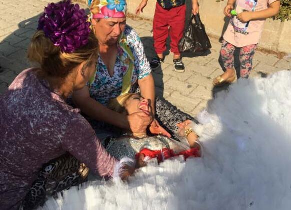 Photo of Damat Kına Gecesi Tutuklandı, Gelin Bayıldı0 (0)