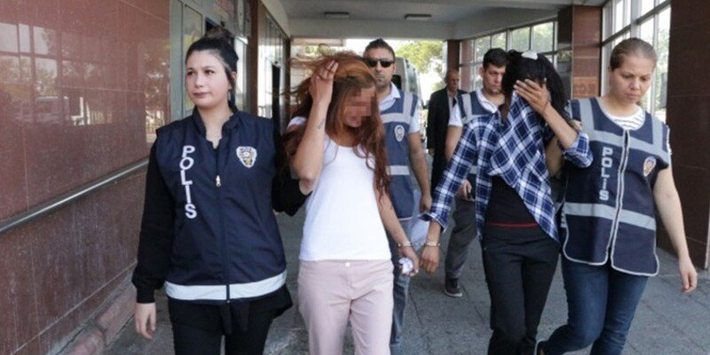Photo of Kahramanmaraş'ta Hırsızlık Yapan 3 Kadın Yakalandı0 (0)