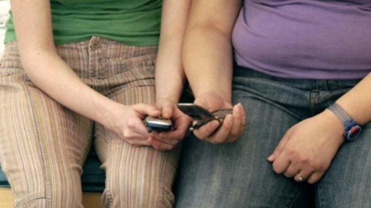 Photo of Akıllı Telefon Kullanımında Obezite Riski!0 (0)